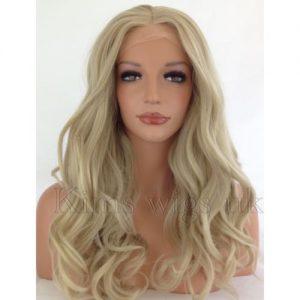 peluca rubia clara muy rizada superlarga indetectable y ajustable. Una peluca muy demandada, elegante sexy y que siempre queda bien, peluca ajustable