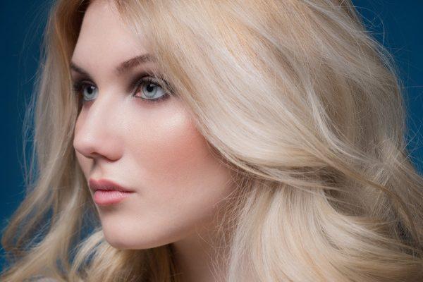 Peluca cabello natural pelo humano peluca cabello natural pelo humano. Peluca 100% cabello humano indetectable con el sistema lace front, monofilamento, cosida a mano largo 40 cm. Peluca Asunciónes un modelo muy elegante y cómodo. lleva incorporadas unas cintas elásticas que se ajustan a tu cabeza impidiendo que la peluca se mueva. Esta peluca es muy natural nadie notará que llevas peluca.