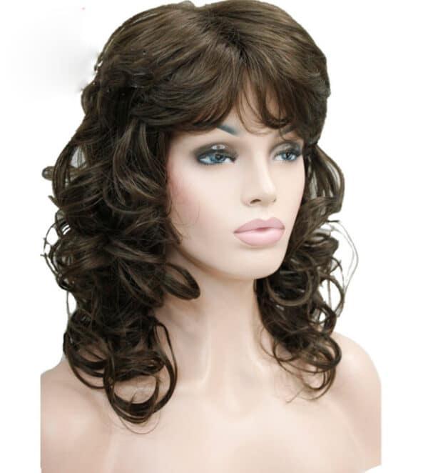 marron oscuro peluca rizada, peluca rizada con forma en las puntas, con un peinado elegante con flequillo, esta peluca resiste el calor