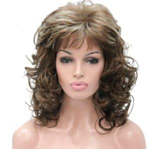 peluca marron claro rizada, este modelo de peluca está rizada en las puntas, tiene un peinado con flequillo muy sexy y natural