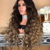Peluca real con mechas californianas Peluca de pelo sintético resistente al calor hasta máximo (120C°) , de alta calidad muy parecido al pelo real nuevo y de alta calidad, fibra sintética resistente al calor, puede encresparse y enderezarse