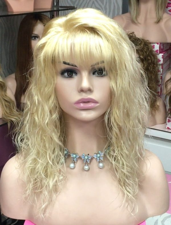 Linda peluca natural rubia, modelo Lenny. Elegante peluca de cabello humano. Peluca de color rubio claro platino, de cabello humano, de media melena rizada con difusor cosida a mano. peluca indetectable, ajustable