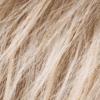 Mezcla de rubio miel medio, rubio ceniza claro y marrón rojizo más claro con raíces oscuras