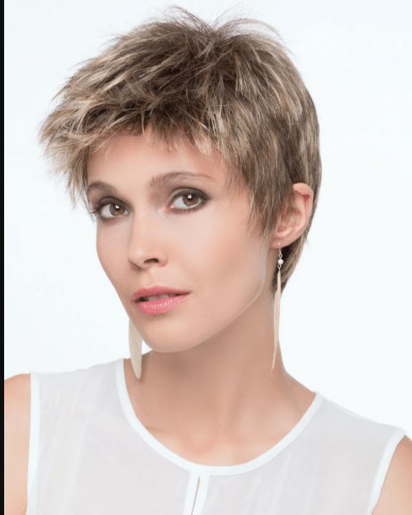 Peluca Alia indetectable encaje frontal. Esta peluca oncológica tiene frente de encaje. Es de la prestigiosa marca de Ellen Wille
