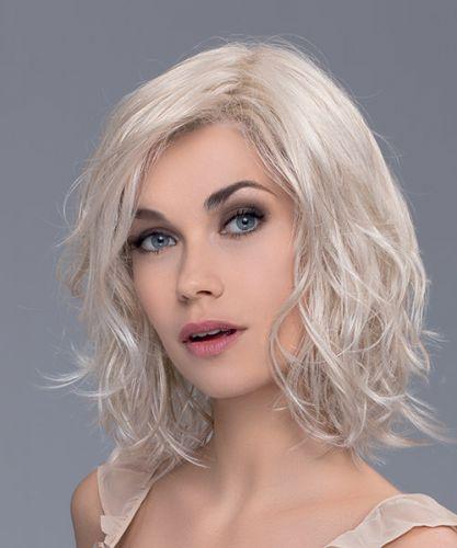 Peluca muy natural indetectable. Peluca Shuffle de la colección Change, De Ellen Wille. peluca oncológica realista con monofilamento y cosida a mano, dando la apariencia del crecimiento natural del cabello.