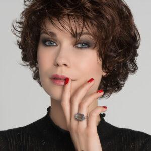Alexis Deluxe Peluca oncológica ALTA CALIDAD Hair power de Ellen Wille es una apuesta por la innovación. Distingue a esta peluca el lujo y el glamour con acabados perfectos y los más altos estándares de confort y diseño.
