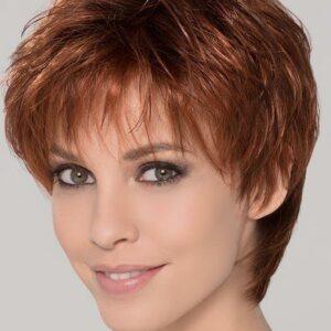 Peluca corta con monofilamento indetectable. Tiene monofilamento en la coronilla, es un tejido similar a la piel en el que cada pelo individualmente es cosido a mano, para dar una apariencia de crecimiento natural del cabello.